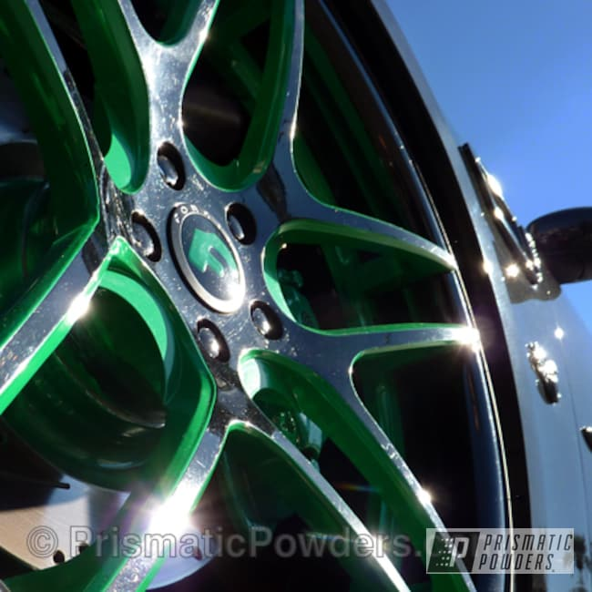 Powder Coating: Wheels,Ink Black PSS-0106,Signal Green PSS-2786,Green and Black Wheels