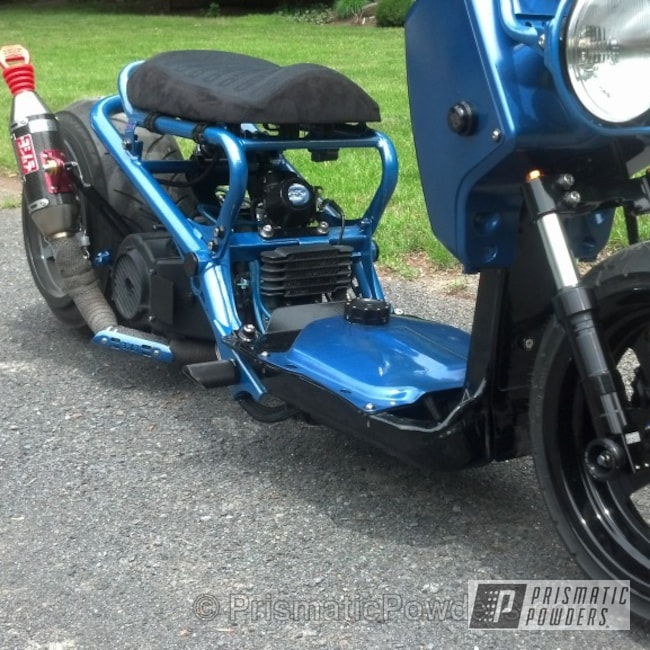 Powder Coating: Powder Coated Honda Ruckus,Honda Ruckus,Ink Black PSS-0106,Blue Honda Ruckus,powder coating,powder coated,Prismatic Powders,Motorcycles,Cosmic Blue PMB-1803,Custom Honda Ruckus