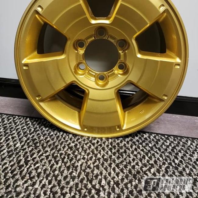 Rim coated in Spanish Gold | Prismatic Powders