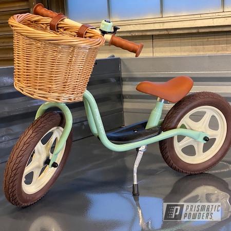 Powder Coating: Illusion Orange Cherry PMB-5509,Bicycles,Clear Vision PPS-2974,Ink Black PSS-0106,Bike,RAL 6019 PastelGreen,RAL 2003 PastelOrange,RAL 5012 Light Blue,Bicycle Frame