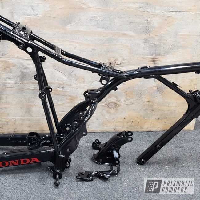 Powder Coating: Automotive,Clear Vision PPS-2974,GLOSS BLACK USS-2603,Honda,Motorcycles,Flag Red PSS-0105,Dirt Bike Frame
