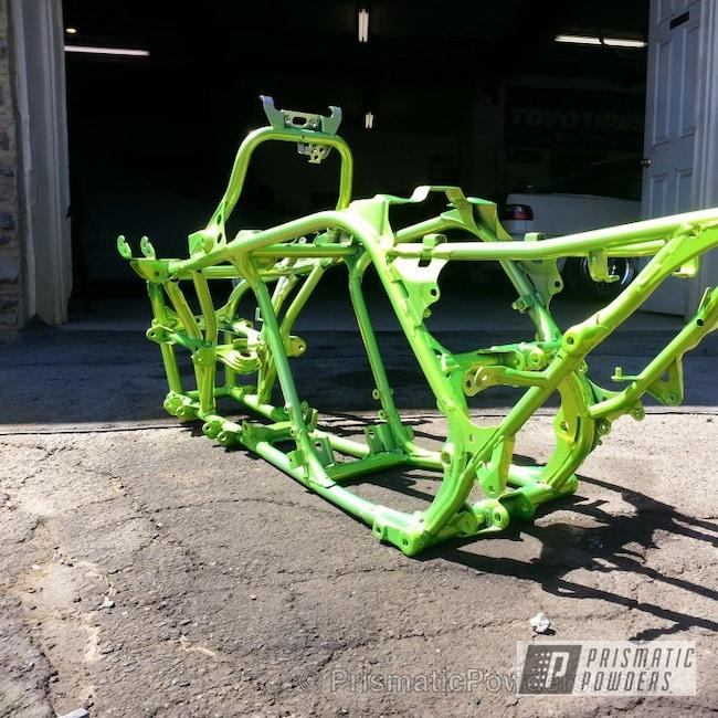 Powder Coating: Custom,Yellow wheels,Off-Road,powder coating,powder coated,Prismatic Powders,Frame,Shocker Yellow PPS-4765,yellow