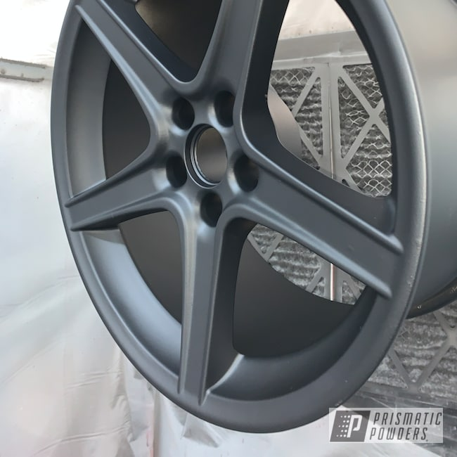 "Powder Coating: Wheels,Automotive,18"",GLOSS BLACK USS-2603,Casper Clear PPS-4005,18"" Aluminum Wheels"