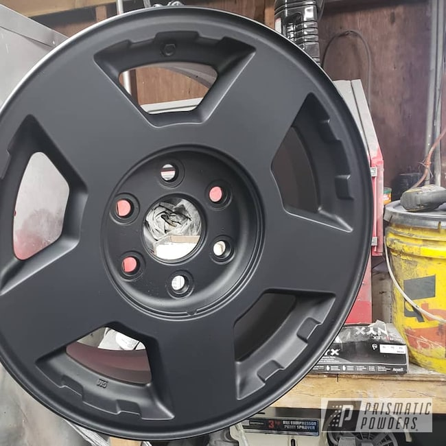 "Powder Coating: Wheels,Automotive,GLOSS BLACK USS-2603,traphaus91,Casper Clear PPS-4005,Chevy,Gloss Black,15"" Wheel,Chevy Tahoe"