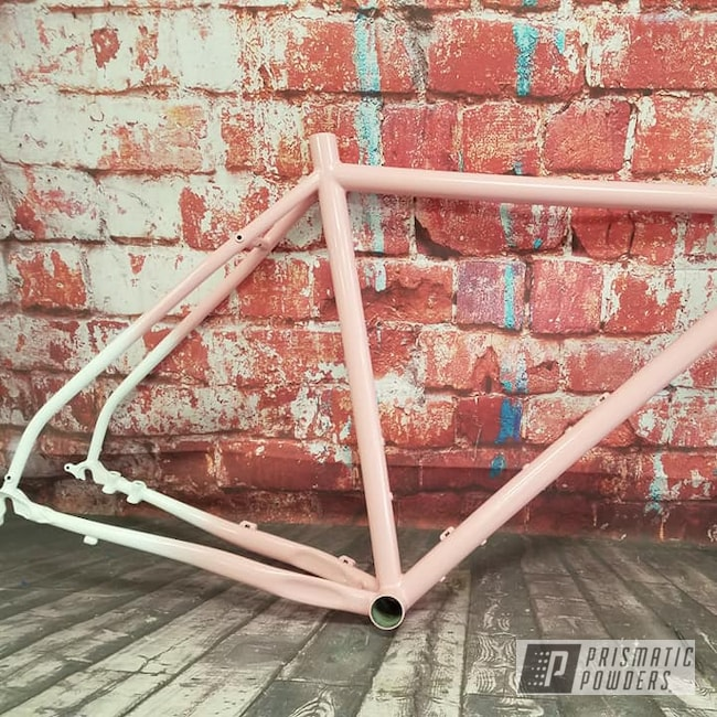 Powder Coating: Bicycles,Custom Two Tone,Powder Coat Blending,Gloss White PSS-5690,Bicycle Frame,RAL 3015 Light Pink