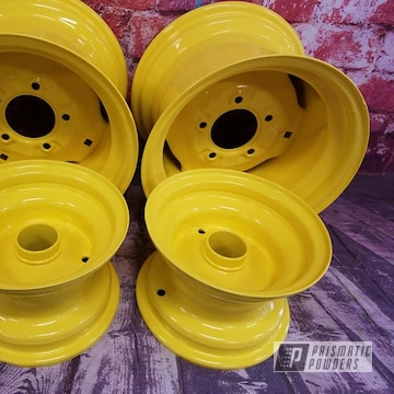 Powder Coated John Deere Rims In Ral 1018