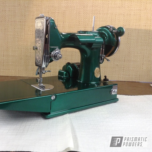 Powder Coating: Antique,Clear Vision PPS-2974,Sewing Machine,Ultra Illusion Green PMB-5346
