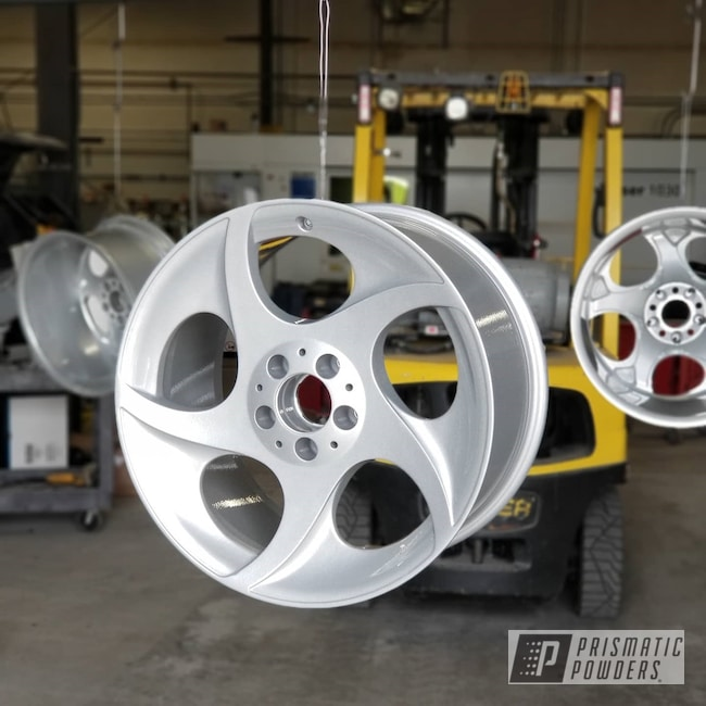 Powder Coating: Wheels,Automotive,Clear Vision PPS-2974,Alien Silver PMS-2569
