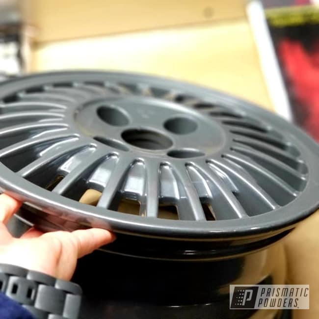 Powder Coating: Wheels,Automotive,Heavy Steel PMS-1366,Automotive Rims