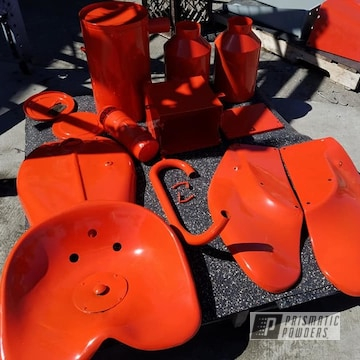 Powder Coated Refinished Tractor Parts In Pss-1429
