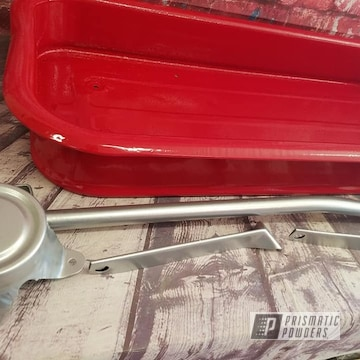 Powder Coated Radio Flyer Wagon In Pmb-1544 And Ral 3002