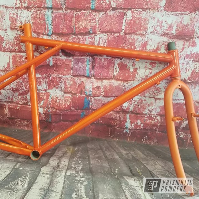 Powder Coating: Bicycles,Clear Vision PPS-2974,Bike Frame,Clear Vision,Matte Finish,Casper Clear PPS-4005,Illusions,Bicycle Frame,Illusion Orange PMS-4620