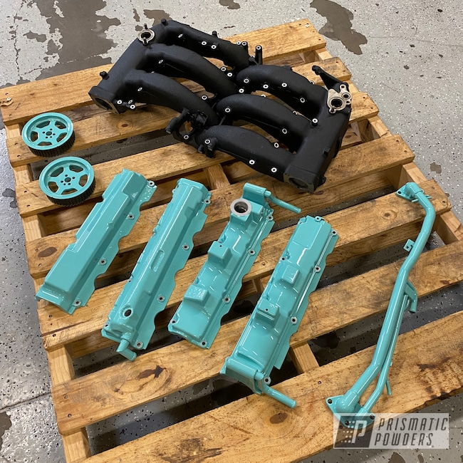 Powder Coating: Automotive,Clear Vision PPS-2974,Nissan,Valve Cover,Automotive Parts,RAL 6027 Light Green