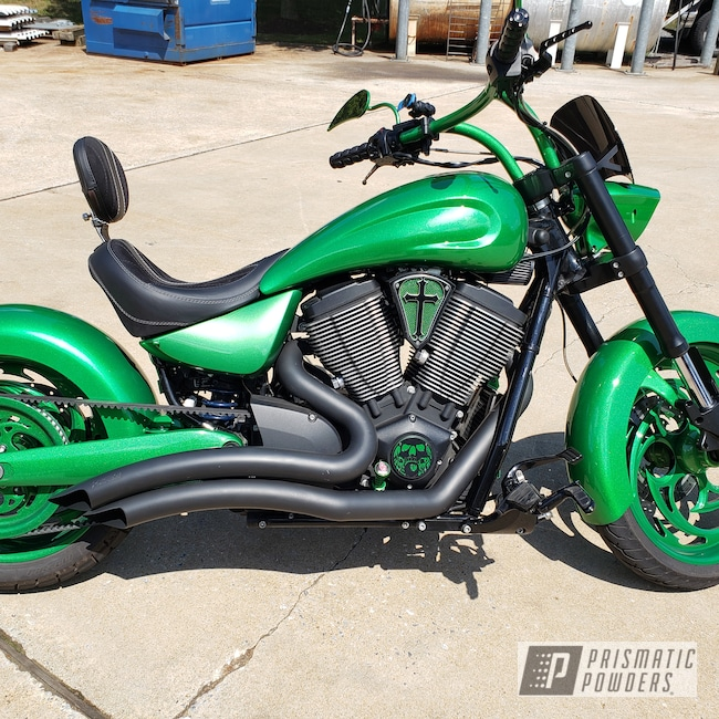 Powder Coating: Automotive,Illusion Money PMB-6917,Clear Vision PPS-2974,Motorcycle Parts,Motorcycle Wheels,Motorcycle Tank,Motorcycle Fender,Motorcycles,Victory