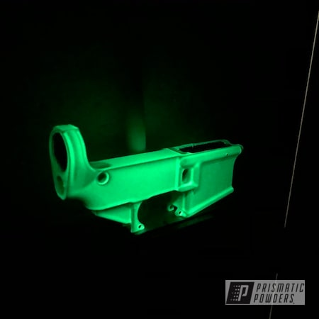 Powder Coating: AR15,Bright Green PSB-5945,Gun,Glowbee Clear PPB-4617