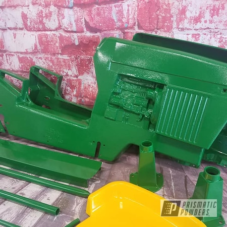 Powder Coating: Tractor Parts,Tractor Green PSS-4517,Pedal Car,Kids Toys,RAL 1018 ZincYellow,John Deere