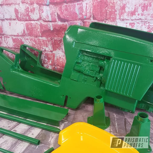 Powder Coating: Tractor Parts,Tractor Green PSS-4517,Pedal Car,Kids Toys,RAL 1018 Zinc Yellow,John Deere