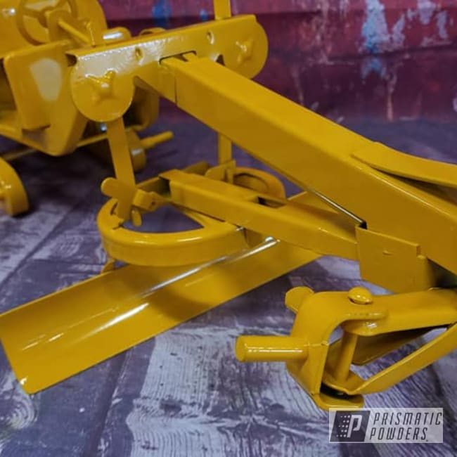 Powder Coating: Vintage Toy,Grader,Kids Toys,RAL 1007 Daffodil Yellow