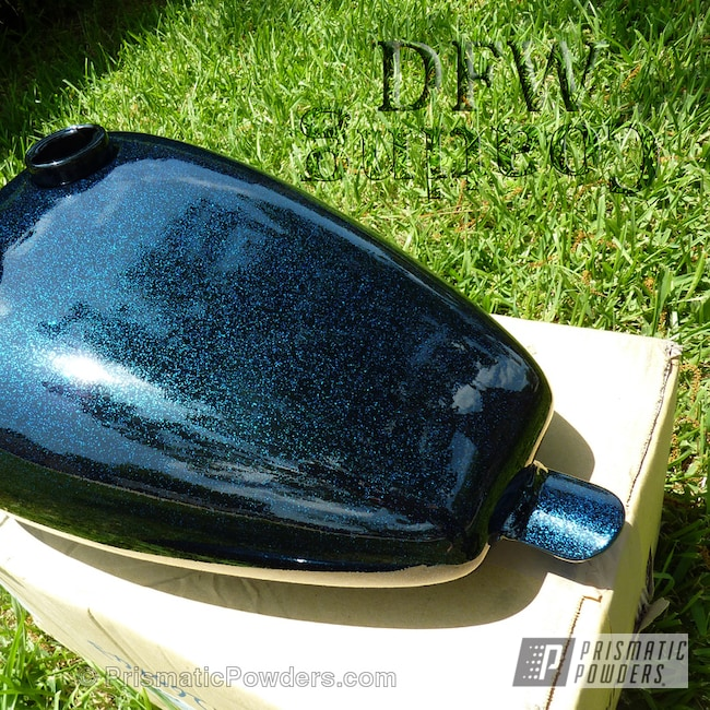 Powder Coating: Ink Black PSS-0106,Motorcycles,Magnum Blue Sparkle PPB-5078,Motorcycle Tank and Fender