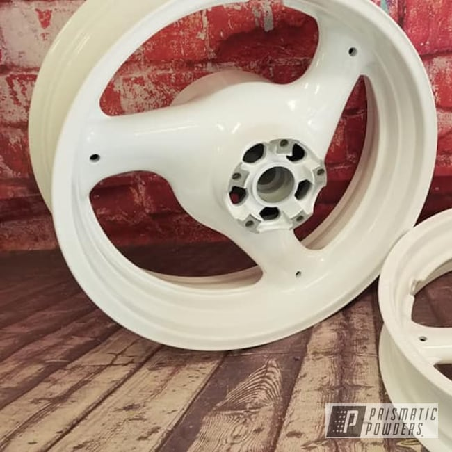 Powder Coating: Wheels,Automotive,Harley Davidson Parts,Harley Davidson,Aluminum Rims,Motorcycle Wheels,Gloss White PSS-5690