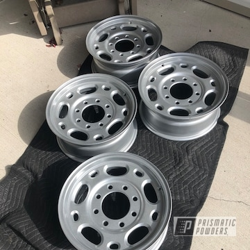 Powder Coated Aluminum Powder Coated Refinished 18 Inch Rims In Pps-2974 And Pms-0517