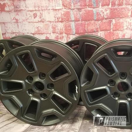 "Powder Coating: Wheels,Jeep Rim,Evo Grey PMB-5969,2 Color Application,17"" Aluminum Rims,Aluminum Rims,Jeep Wrangler,Gloss White PSS-5690,Aluminum Wheels"