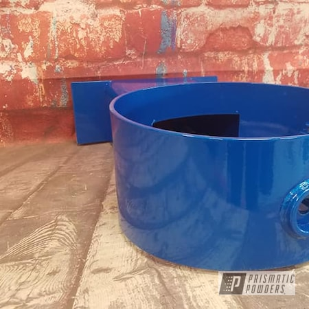 Powder Coating: Clear Vision PPS-2974,Water Fountain,Outdoor Furniture,Illusion Lite Blue PMS-4621,Drinking Fountain
