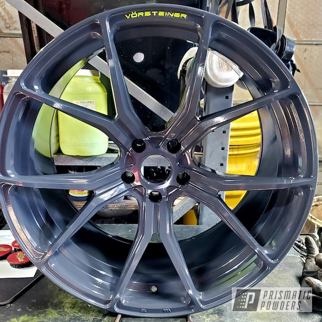 Powder Coating: Wheels,Alloy Wheels,2 Color Application,Chartreuse Sherbert PSS-7068,BMW,M6,Cannon Grey PSS-2748