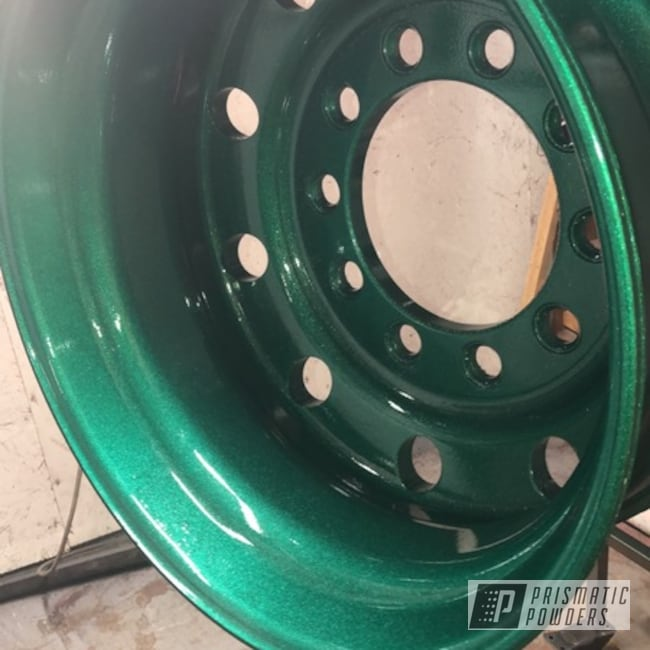 Powder Coating: 22.5 Alcoa,Alloy Wheels,Clear Vision PPS-2974,Freightliner,Forged Wheel,Peterbilt,Kenworth,Ultra Illusion Green PMB-5346