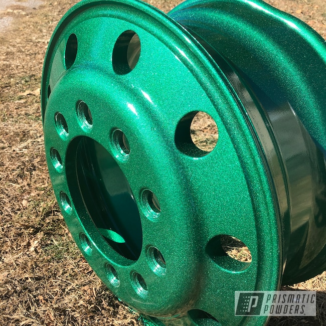 "Powder Coating: Illusion,Clear Vision PPS-2974,Freightliner,Accessories,2 Stage Application,Green,22"",Aluminum,Peterbilt,Kenworth,Ultra Illusion Green PMB-5346,Aluminum Wheels"