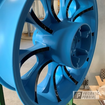 Powder Coated Two Tone Motorcycle Wheel In Pss-0106 And Pss-6928