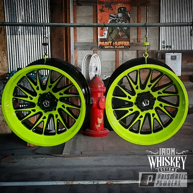"Powder Coating: Wheels,Clear Vision PPS-2974,Chartreuse Sherbert PSS-7068,Rims,Ink Black PSS-0106,Two Tone Wheels,22"",Two Tone"