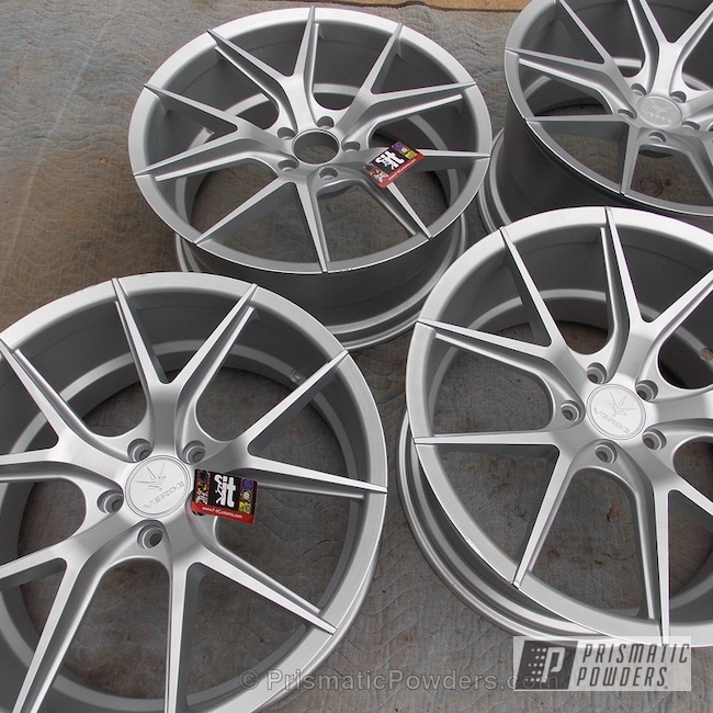 "Powder Coating: Single Powder Application,Wheels,Porsche Silver PMS-0439,Automotive,Nissan 350z,Verde Axis 20"" Wheels,Solid Tone"