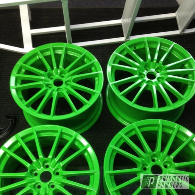 Powder Coating: Wheels,Clear Vision PPS-2974,Racer Green PSS-4531