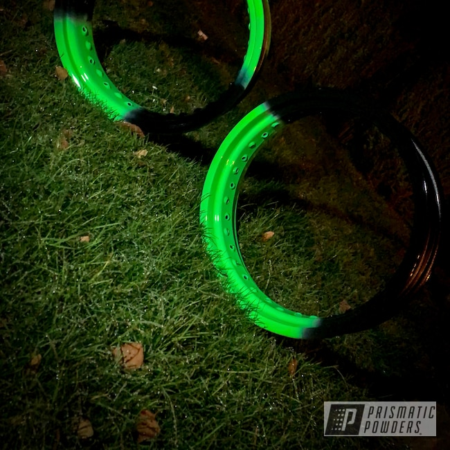 "Powder Coating: Motorcycle Rims,Rims,17"" Aluminum Rims,GLOSS BLACK USS-2603,Neon Green PSS-1221"