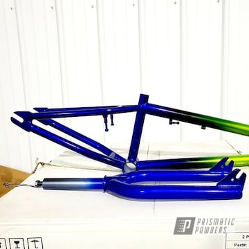 Powder Coated Bicycle Frame Fade In Hss-2345, Ppb-4474 And Pps-4765