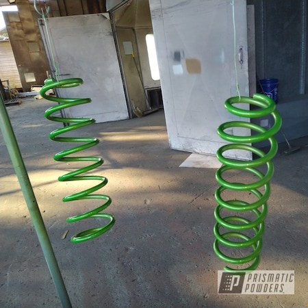 Powder Coating: Automotive,Clear Vision PPS-2974,Illusion Green Ice PMB-7025,Springs,Automotive Parts