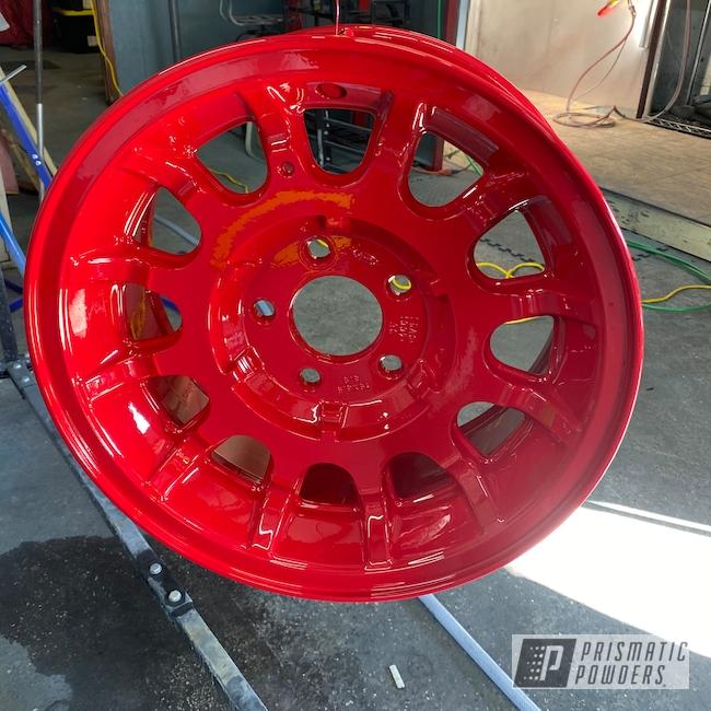 "Powder Coating: Custom,Automotive,GLOSS BLACK USS-2603,15"" Aluminum Rims,Aluminum,Astatic Red PSS-1738"