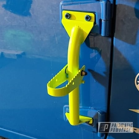 Powder Coating: Automotive,Chartreuse Sherbert PSS-7068,Accessories,Steps,Jeep,Jeep Accessories,Wrangler,Custom Automotive Accents,Automotive Parts