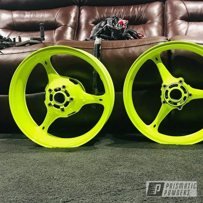"Powder Coating: Wheels,Clear Vision PPS-2974,Motorcycle Rims,Rims,17"" Wheels,Neon Yellow PSS-1104,Motorcycle Wheels,Aluminum Wheels"