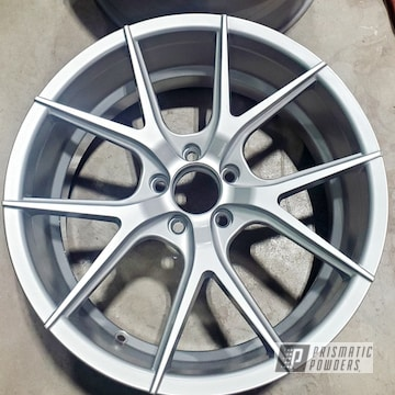 "19"" Aluminum Wheels Finished In Satin Silver And Casper Clear"