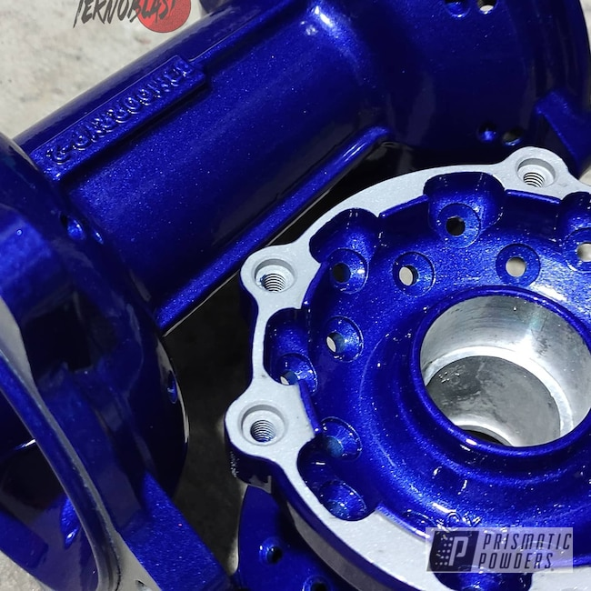 Powder Coating: 250,Motorcycle Parts,Aluminum,Motorcycles,Motorcycle Hubs,Illusion Royal PMS-6925,POLY CLEAR PPS-5137,Hubs
