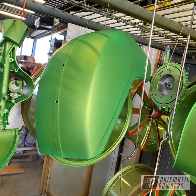 Powder Coating: Vespa Scooter,Ink Black PSS-0106,Scooter,Illusion Sour Apple PMB-6913,Piaggio,Vespa,Motorcycles,Casper Clear PPS-4005,Fog Clear PPB-4761