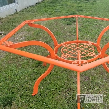 Powder Coated Patio Table In Ral 2004