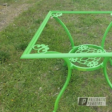 Powder Coated Patio Table In Ral 6018