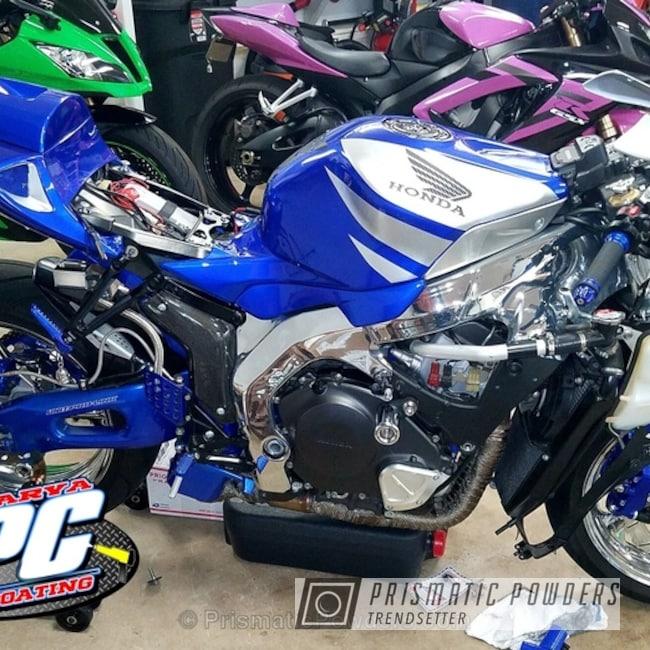Powder Coating: Burnt Toast PTS-4071,Heavy Silver PMS-0517,Custom Bike Restoration,LOLLYPOP BLUE UPS-2502,Honda 1000 RR,Motorcycles,Multi Powder Application