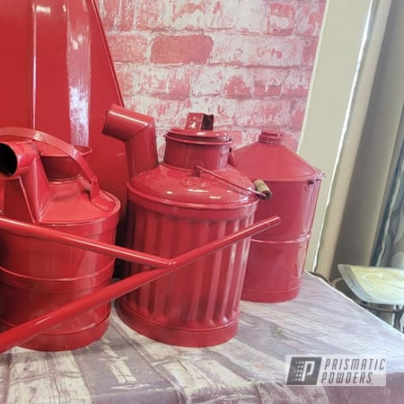 Powder Coating: Gas Cans,Vintage Cans,Old Vintage Cans,RAL 3002 Carmine Red,Oil Cans