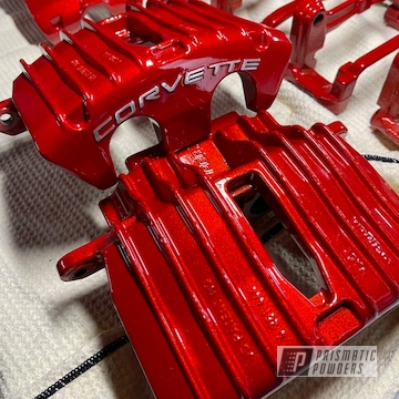 Powder Coated Corvette Brakes In Pps-2974 And Pms-4515
