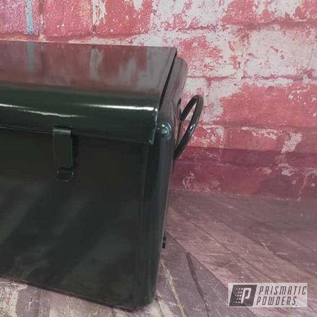 Powder Coating: Ice Chest,Vintage,cooler,Vintage Cooler,RAL 6009 Fir Green