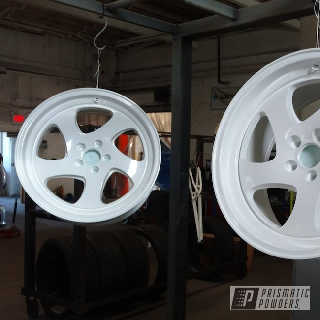 Powder Coating: Wheels,Automotive,RAL 9016 RAL-9016